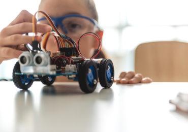 Robótica en American School: desarrollando la capacidad de pensar el futuro!